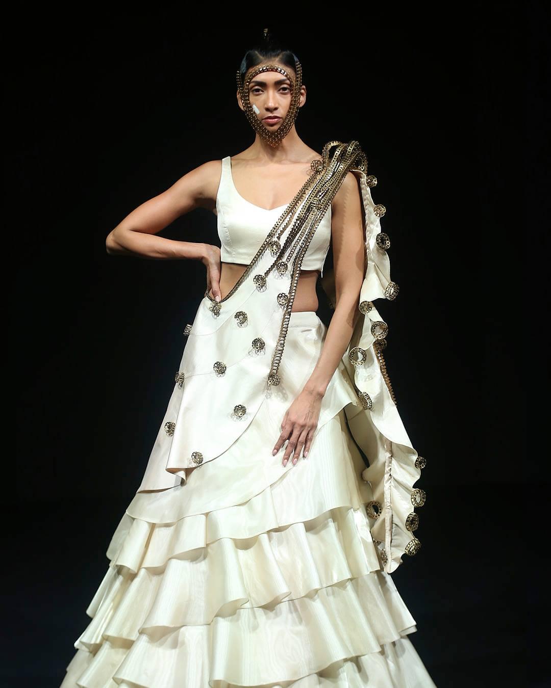 designer white lehenga