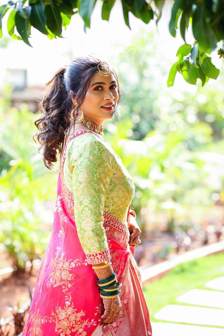 Ruchita Jadhav mehendi look
