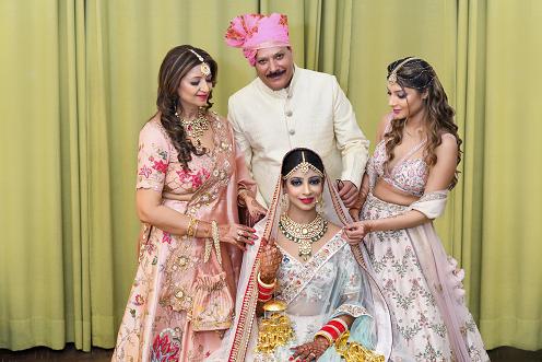 bridal family portrait