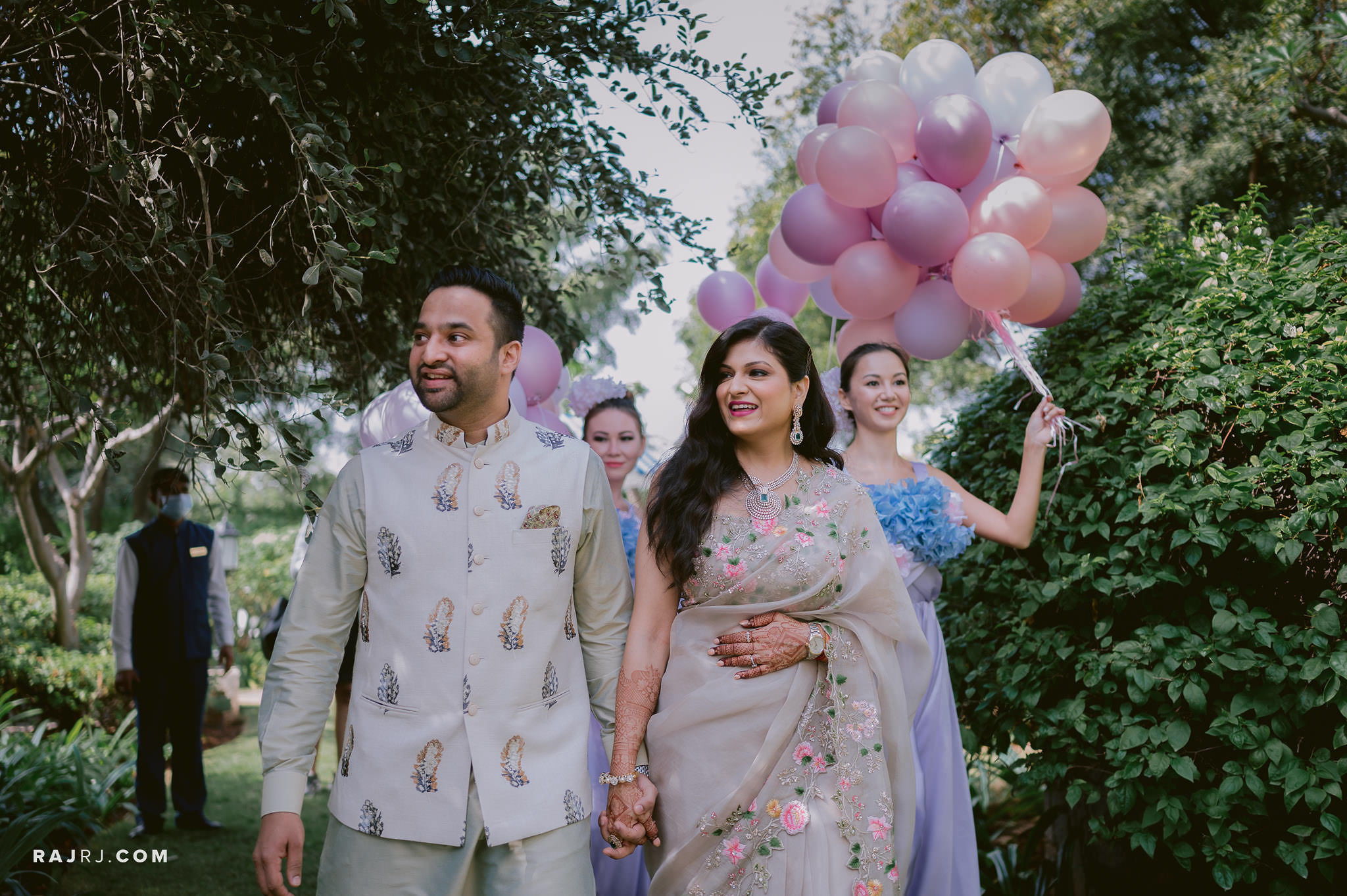 couple enrty pastel theme