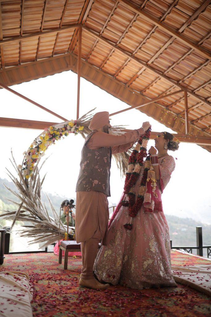 intimate wedding in Shimla
