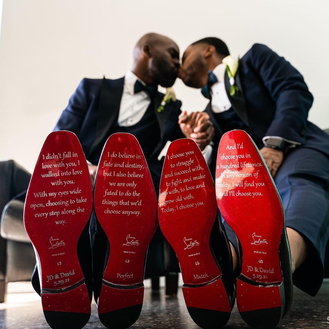 grooms vows on shoes