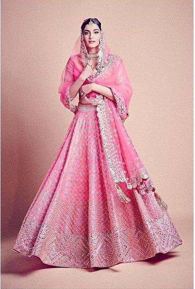 recreate sonam kapoor outfits